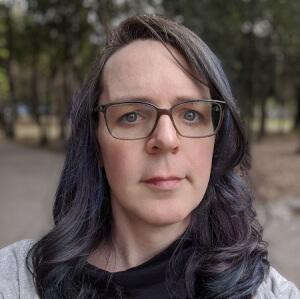 Adriana Knouf